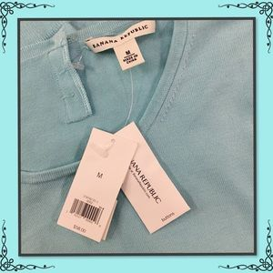 NWT BANANA REPUBLIC AQUA LIGHTWEIGHT SWEATER M